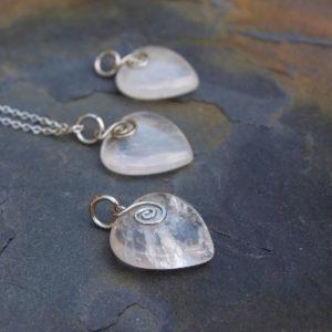 srdce z polodrahokam křišťál a ocel, tepané, kované