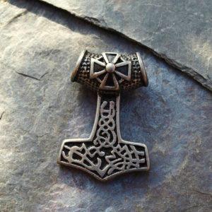 thorovo kladivo, keltové, keltský,uzel, propojeni,zivot, kolobeh,privesek na krk,zaveseni